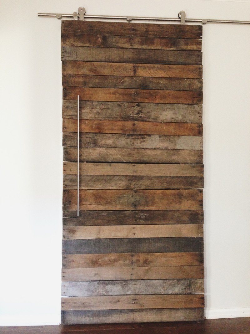 DIY Wood Pallet Door